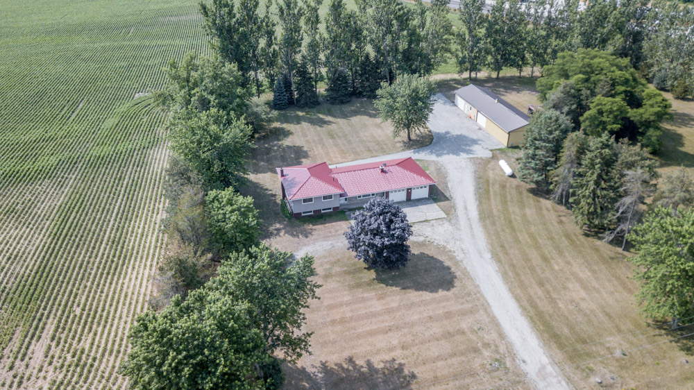 Alliston South Side Split W/Heated Shop, 2.69 Acres $895,000